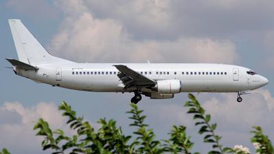 N764TA - Boeing 737-48E - Private