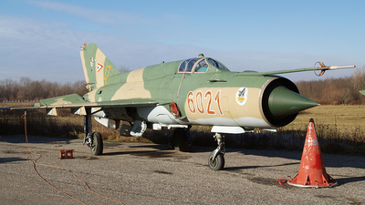 6021 - Mikoyan-Gurevich MiG-21 Fishbed - Hungary - Air Force