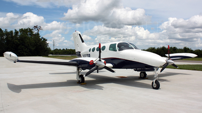 N402DR - Cessna 402A - Private
