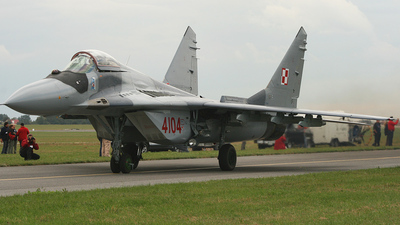 4104 - Mikoyan-Gurevich Mig-29G Fulcrum - Poland - Air Force