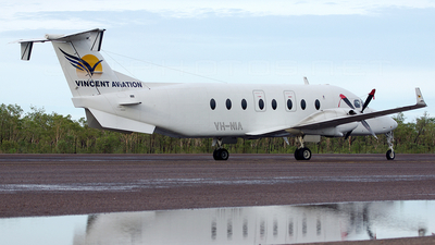 VH-NIA - Beech 1900D - Vincent Aviation