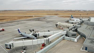 CYXE - Airport - Ramp