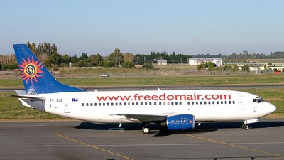 ZK-SJB - Boeing 737-33R - Freedom Air