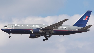 A picture of N619UA -  - [] - © Mike Primamore