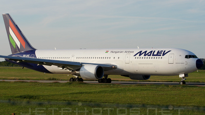 HA-LHC - Boeing 767-306(ER) - Malév Hungarian Airlines