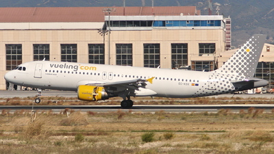 EC-KDX - Airbus A320-216 - Vueling Airlines