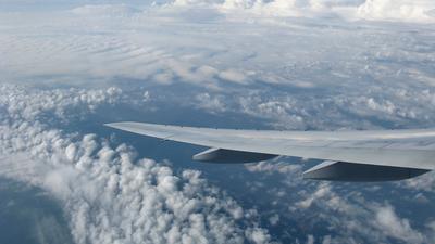 N799UA - Boeing 777-222(ER) - United Airlines
