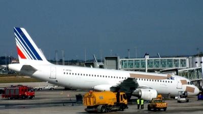 F-GFKB - Airbus A320-111 - Air France