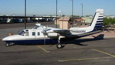 Rockwell 690 Turbo Commander - Air West