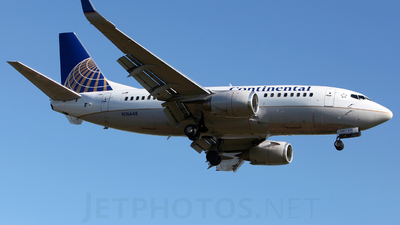 N16648 - Boeing 737-524 - Continental Airlines