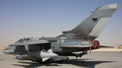 ZA591 - Panavia Tornado GR.4 - United Kingdom - Royal Air Force (RAF)