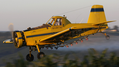 ZS-PGT - Air Tractor AT-401 - Private