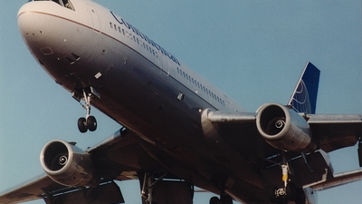 N19072 - McDonnell Douglas DC-10-30 - Continental Airlines