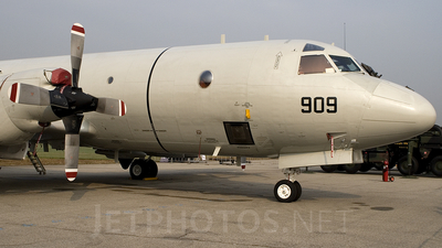 950909 - Lockheed P-3C Orion - South Korea - Navy