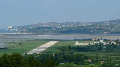 LJPZ - Airport - Airport Overview