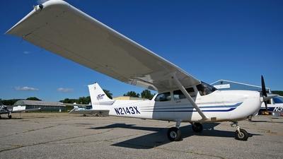A picture of N2143X - Cessna 172S Skyhawk SP - [172S9526] - © Steve Pellegrino