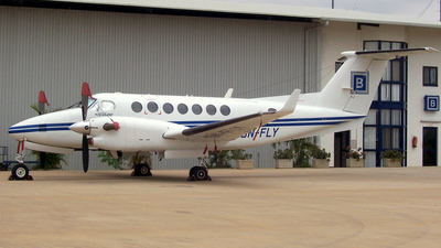 5N-FLY - Beechcraft B300 King Air 350 - Private
