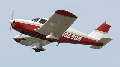 A picture of N969DB - Piper PA28140 - [2826197] - © Daniel Piotrowski