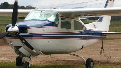 A picture of VHSFT - Cessna 210N Centurion II - [21064081] - © Matthew Southwell