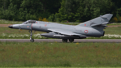 8 - Dassault Super Étendard - France - Navy
