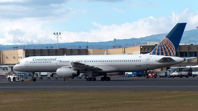 N17139 - Boeing 757-224 - Continental Airlines