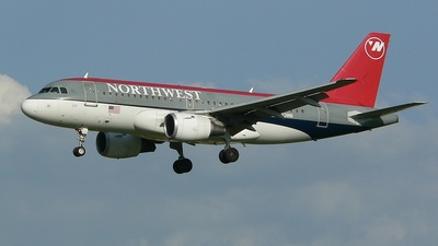 N331NB - Airbus A319-114 - Northwest Airlines