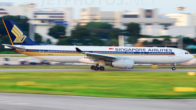 9V-STS - Airbus A330-343 - Singapore Airlines