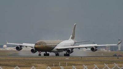A4O-LG - Airbus A340-313X - Gulf Air