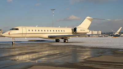 N887WM - Bombardier BD-700-1A10 Global Express - Challenger Administration