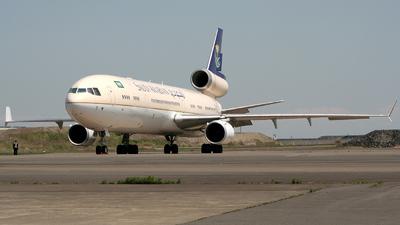 A picture of HZHM7 - McDonnell Douglas MD11 - [48532] - © Ryotaro@Shinozaki