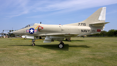 147715 - McDonnell Douglas A-4 Skyhawk - United States - US Navy (USN)