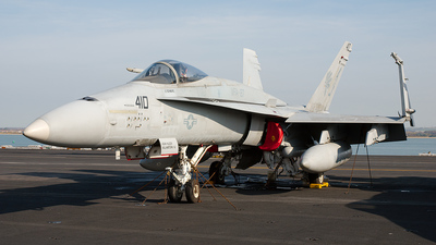 163105 - McDonnell Douglas F/A-18A+ Hornet - United States - US Navy (USN)