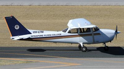 A picture of VHLTM - Cessna P210N Pressurized Centurion - [P21000648] - © Eric Verplanken