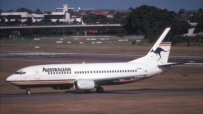 VH-TAI - Boeing 737-376 - Australian Airlines