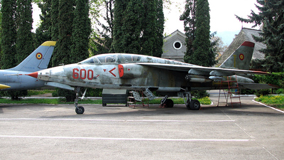 600 - IAR-93DC - Romania - Air Force
