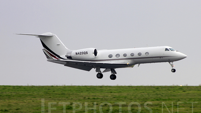 N420QS - Gulfstream G-IV(SP) - NetJets Aviation