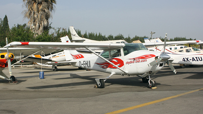 D-EHUI - Reims-Cessna 182P Skylane - Private