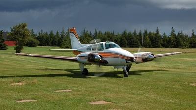 C-GMKX - Beechcraft 95-B55 Baron - Private