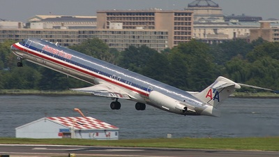 N227AA - McDonnell Douglas MD-82 - American Airlines