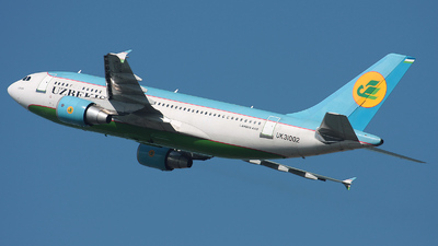 UK-31002 - Airbus A310-324 - Uzbekistan Airways