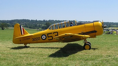 C-FMKA - North American AT-6 Harvard II - Private