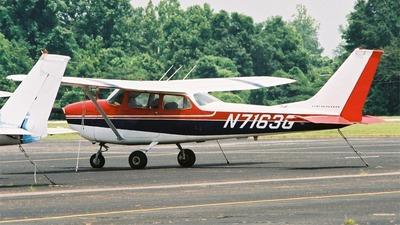 A picture of N7163G - Cessna 172K Skyhawk - [17258863] - © M.J. Scanlon