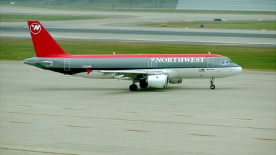 N368NW - Airbus A320-212 - Northwest Airlines