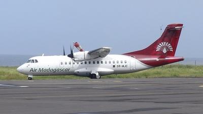 5R-MJC - ATR 42-300 - Air Madagascar