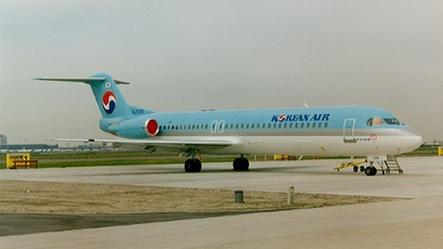 HL7206 - Fokker 100 - Korean Air