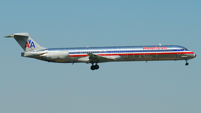 N7532A - McDonnell Douglas MD-82 - American Airlines