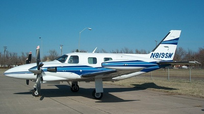 A picture of N819SW - Piper PA31T1 Cheyenne I - [31T8104059] - © Sun Valley Aviation