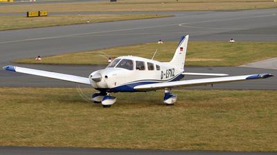 D-EFNZ - Piper PA-28-181 Archer III - VHM Schul und Charterflug