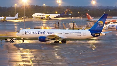 G-TCCA - Boeing 767-31K(ER) - Thomas Cook Airlines