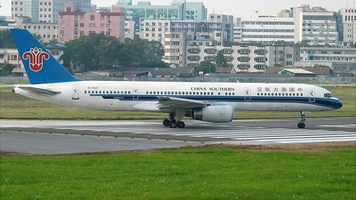 B-2801 - Boeing 757-21B - China Southern Airlines